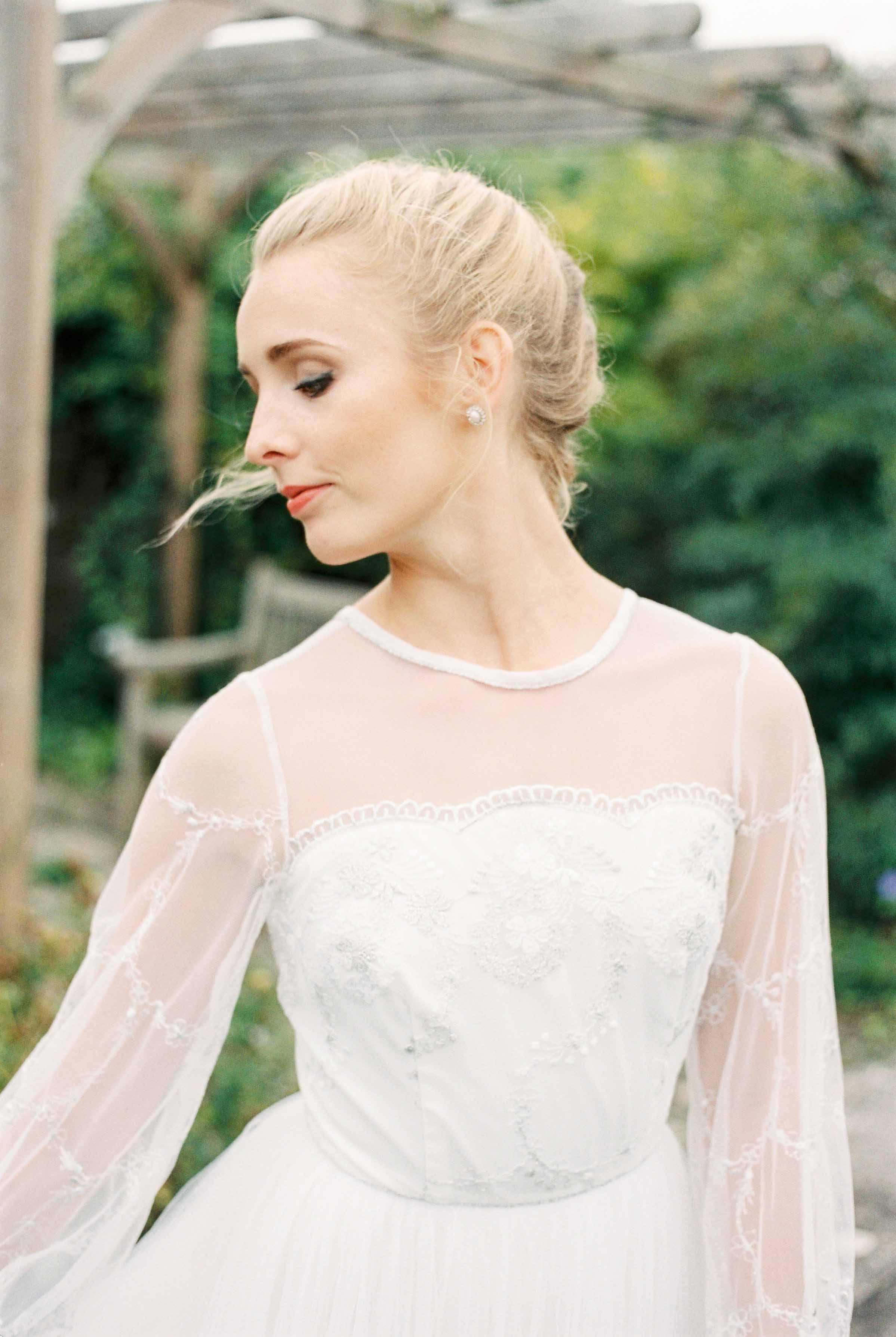 dorset-fine-art-wedding-photographer_amelia_carmencita_lores-1-of-24