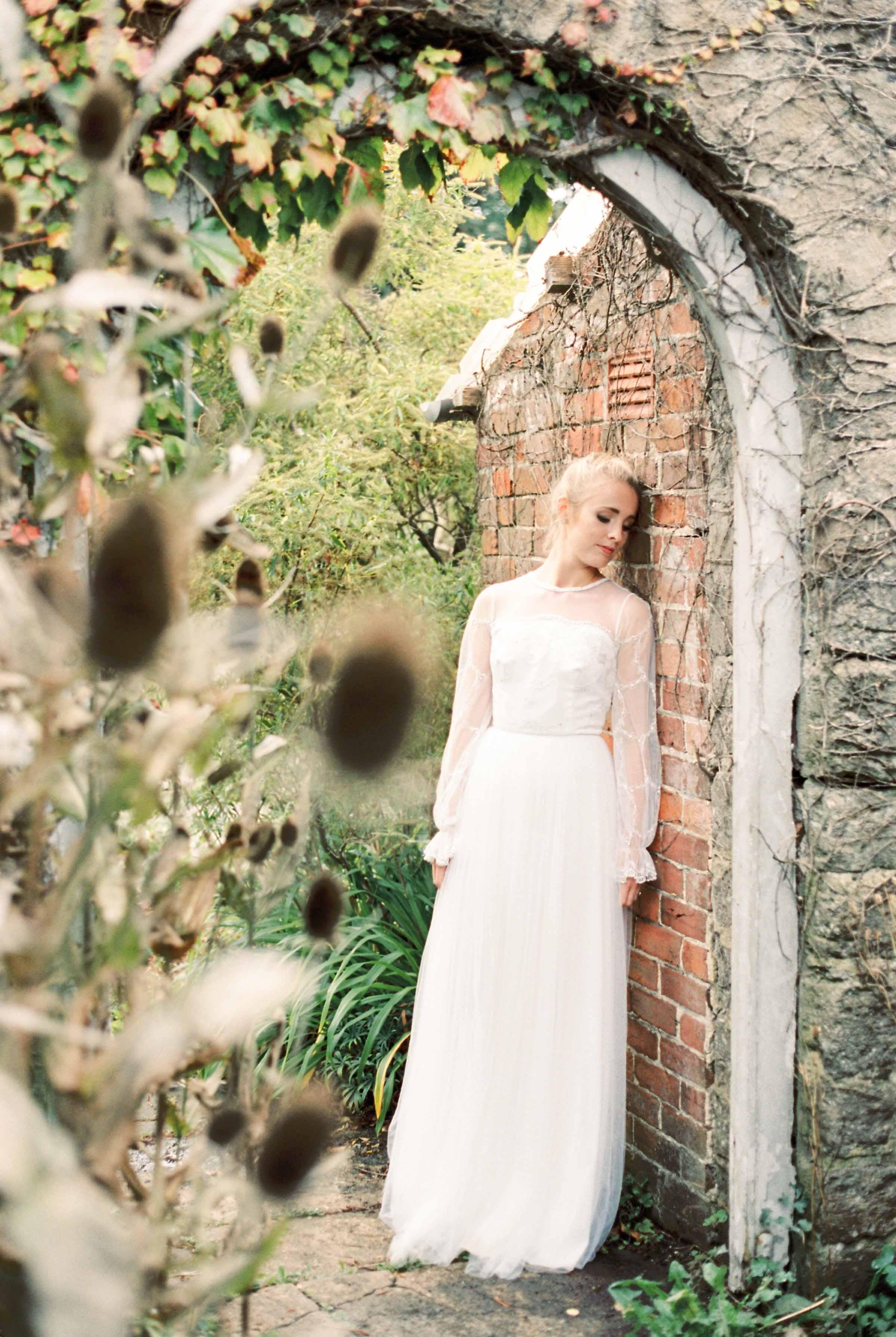 dorset-fine-art-wedding-photographer_amelia_carmencita_lores-2-of-6