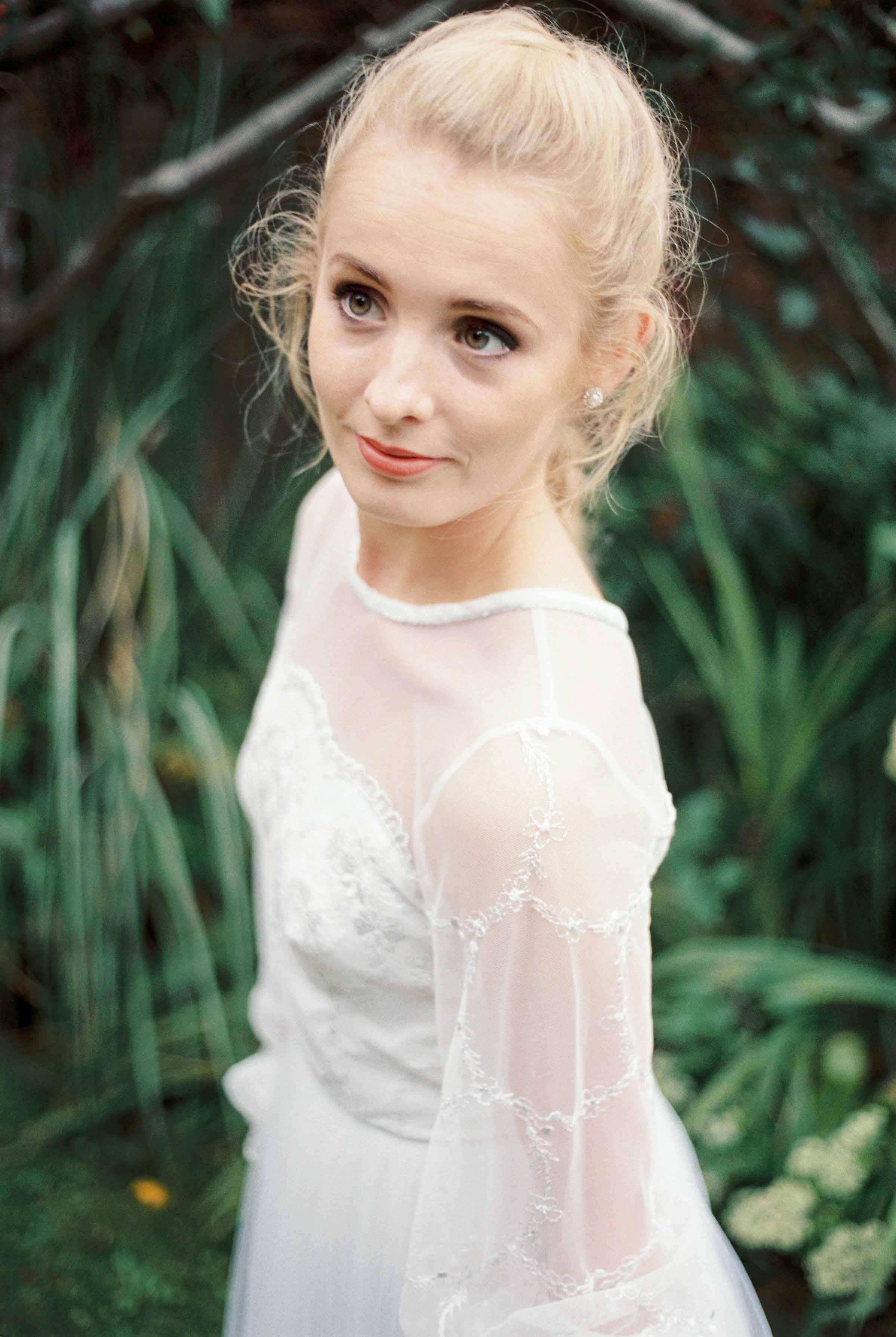 dorset-fine-art-wedding-photographer_amelia_carmencita_lores-24-of-24