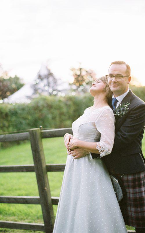 Stylish wedding photography   Redhouse Barn